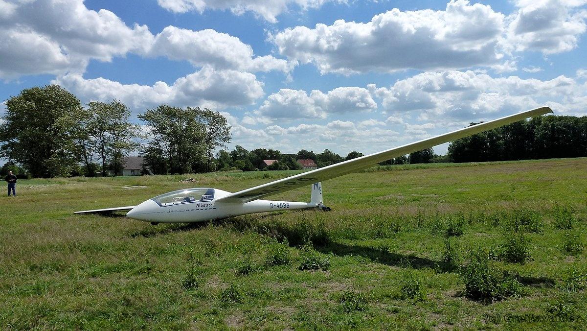 Flugplatz Schmoldow