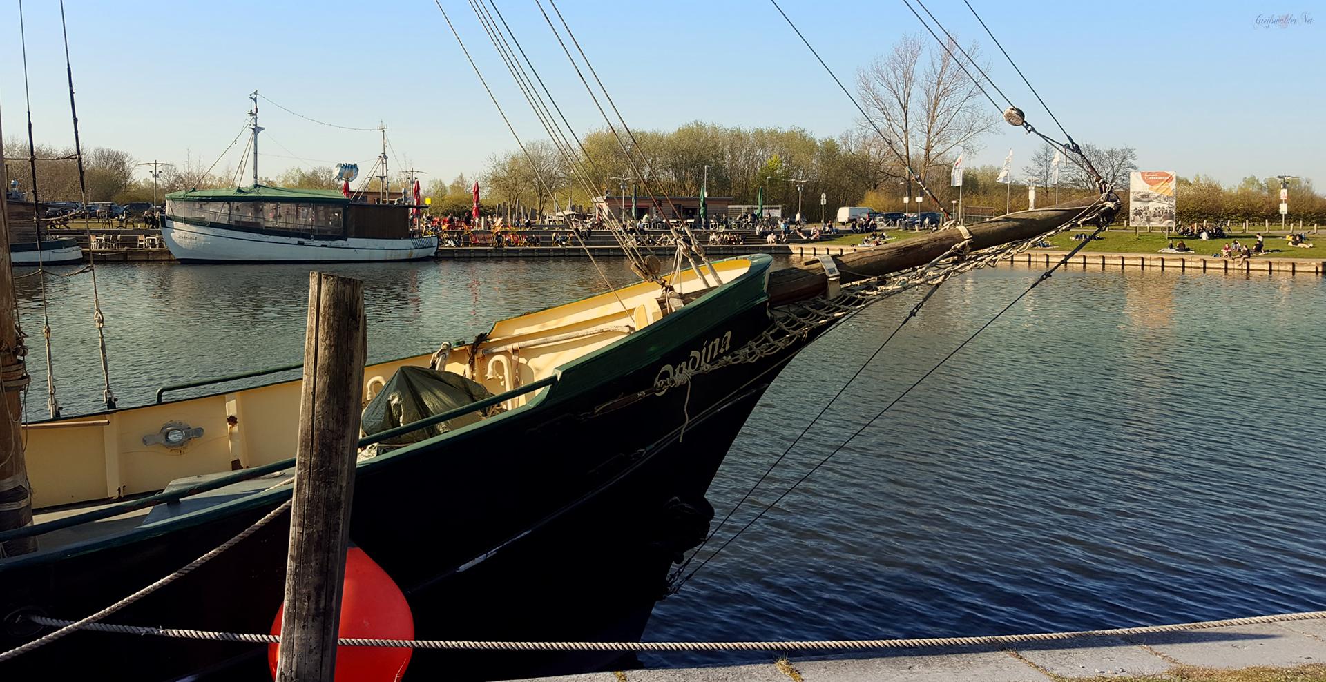 Osterabend am Museumshafen in Greifswald