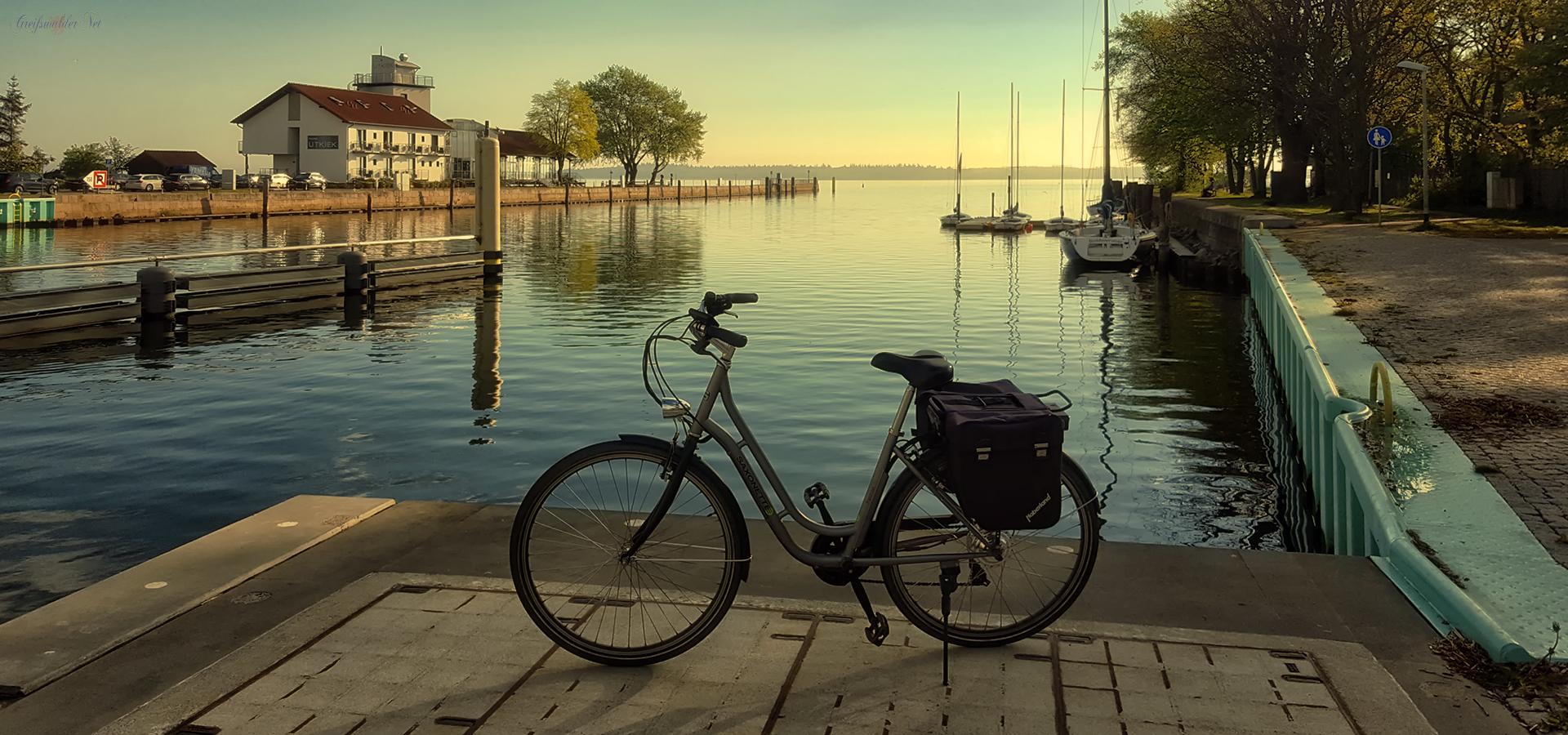 Am Hafen in Greifswald-Wieck