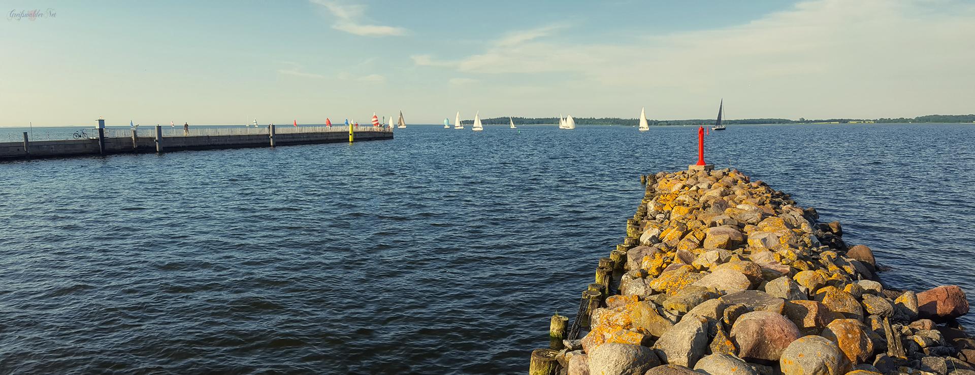 Nord- und Südmole in Greifswald-Wieck