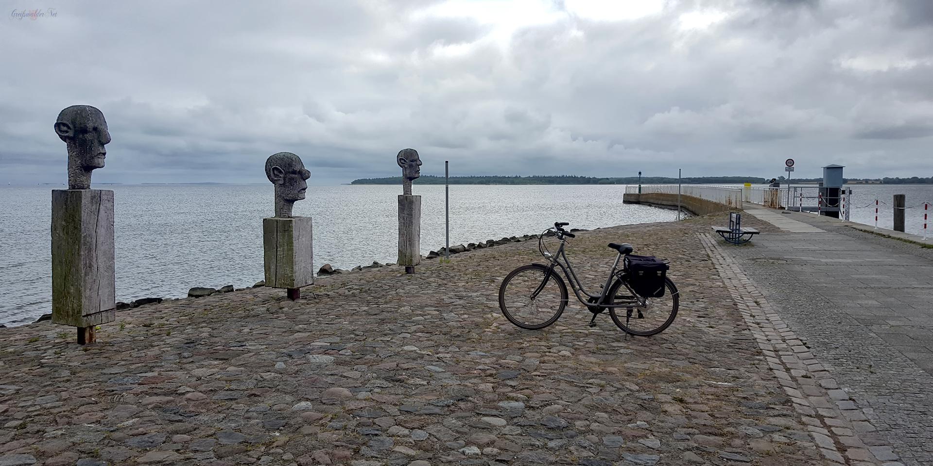 Trüber Sommertag an der Mole in Greifswald-Wieck