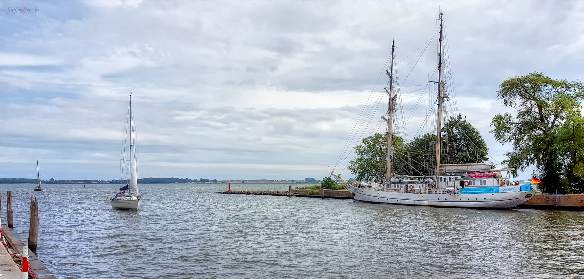 Segelschulschiff GREIF an der Südmole in Greifswald-Wieck