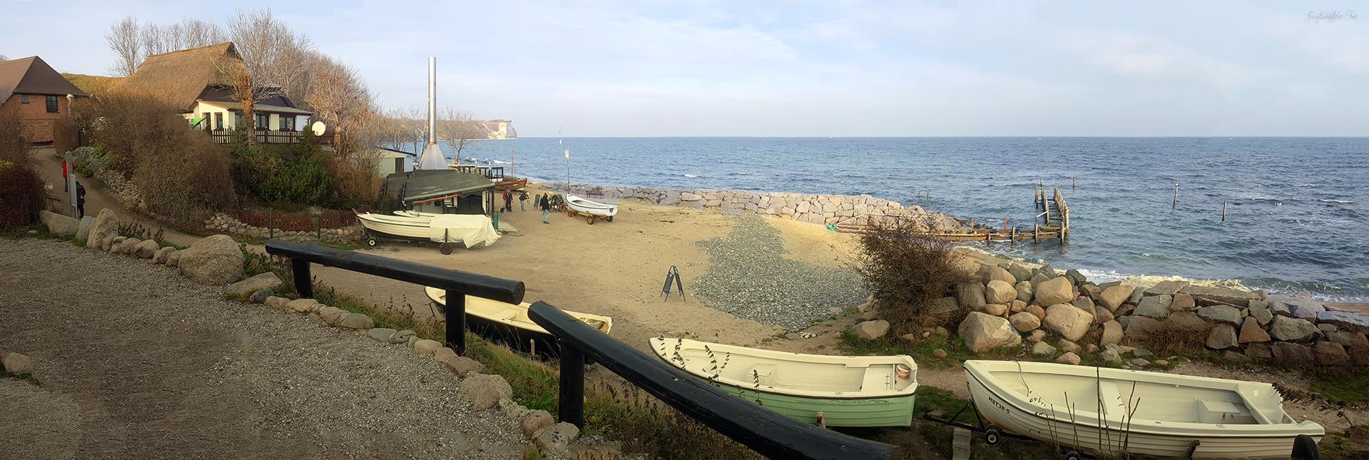 Strand im Fischerdorf Vitt auf der Insel Rügen