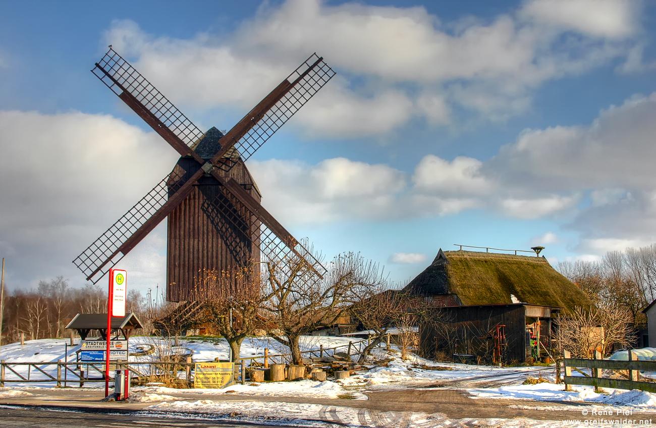 Bockwindmühle Greifswald-Eldena im Winter