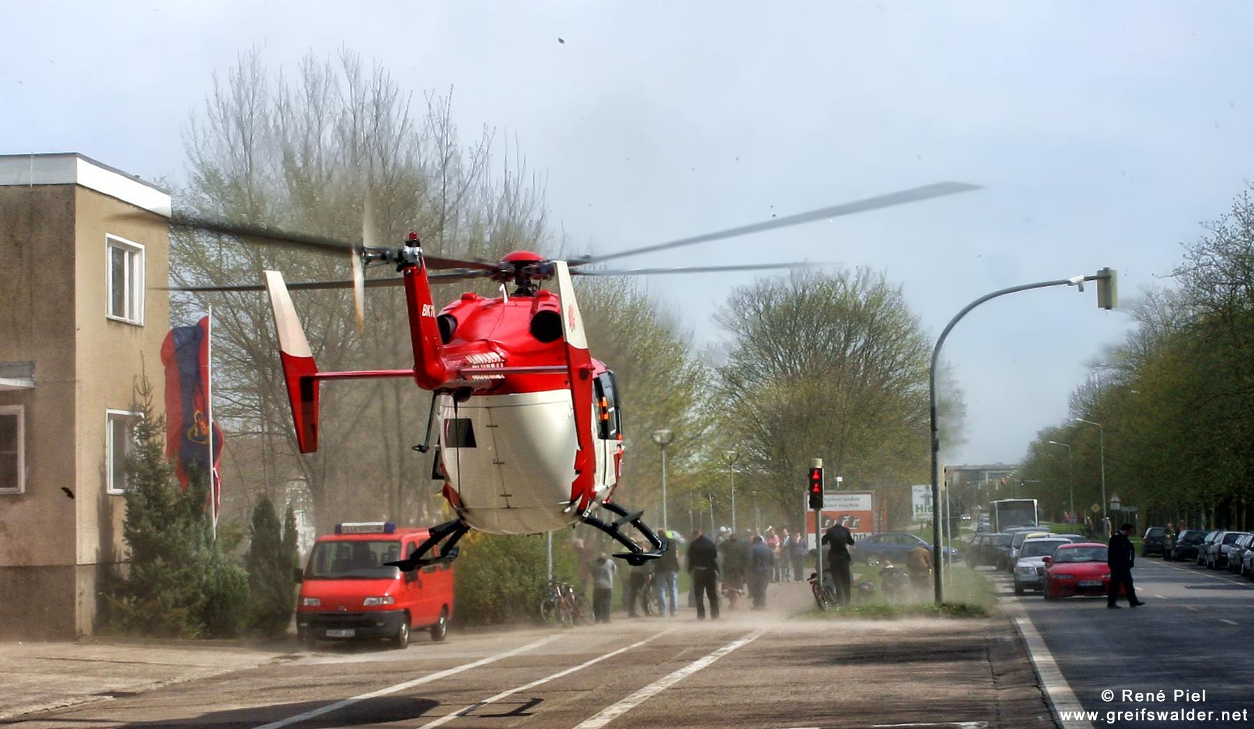 Landeanflug Christoph 47 in Greifswald