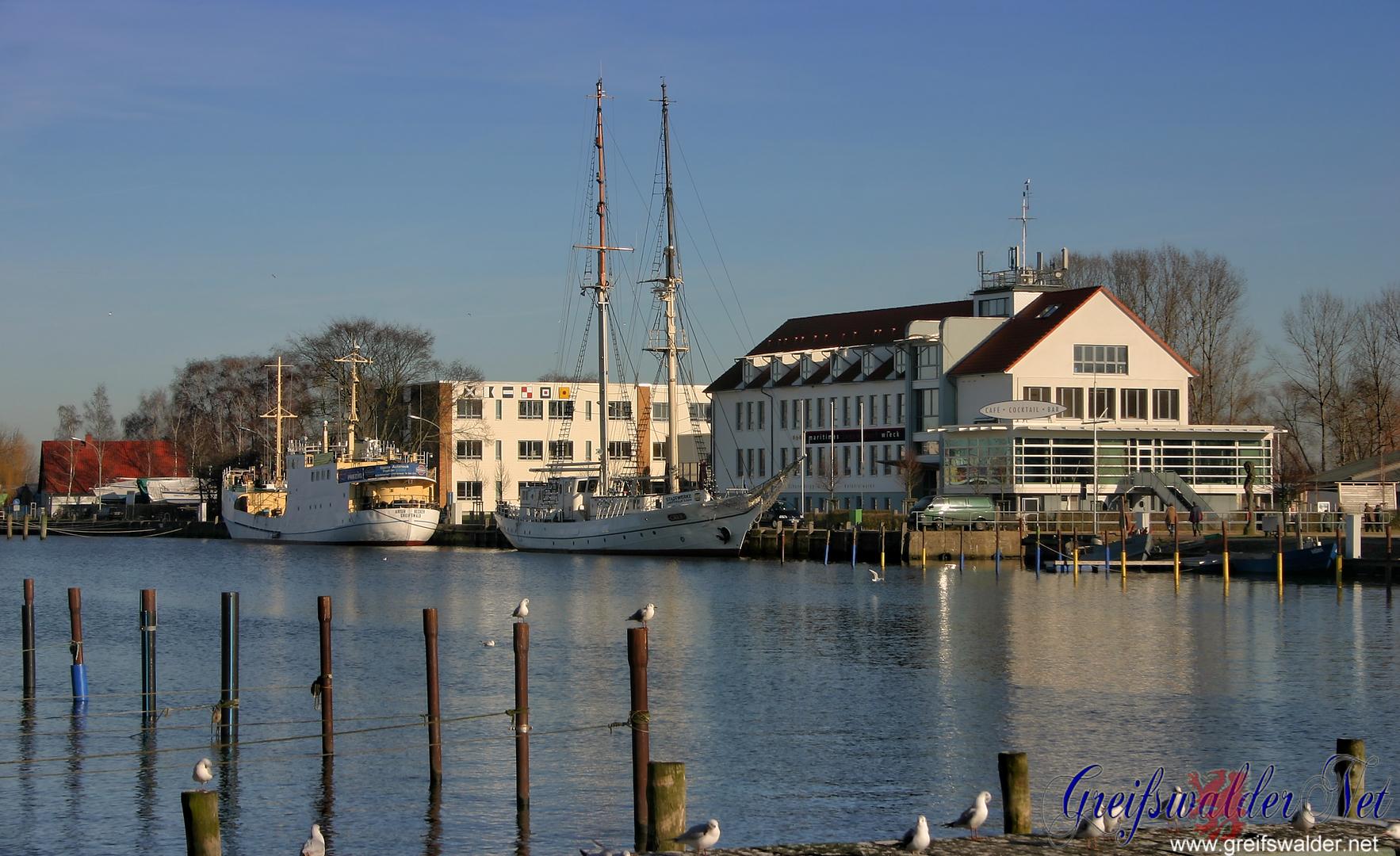 Hafen Greifswald-Wieck im Februar 2008