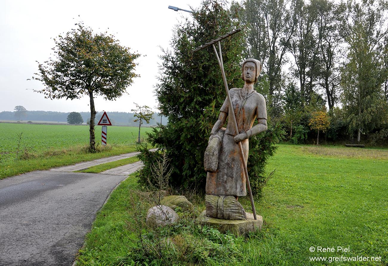 Skulptur in Nepzin
