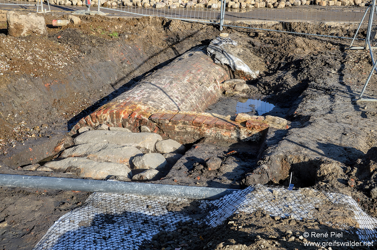 Ausgrabung am Fangenturm in Greifswald