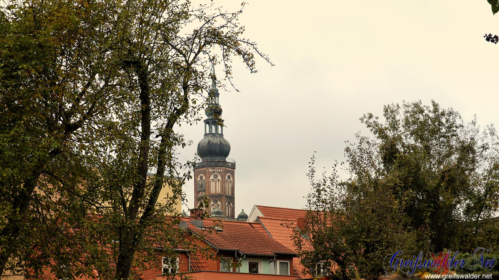 Blick auf den Dom St. Nikolai in Greifswald