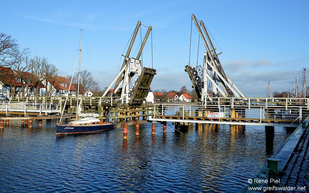 Wiecker Brücke im November
