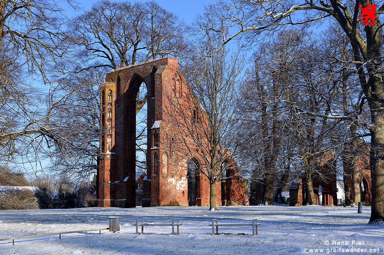 Klosterruine Greifswald-Eldena im Winter