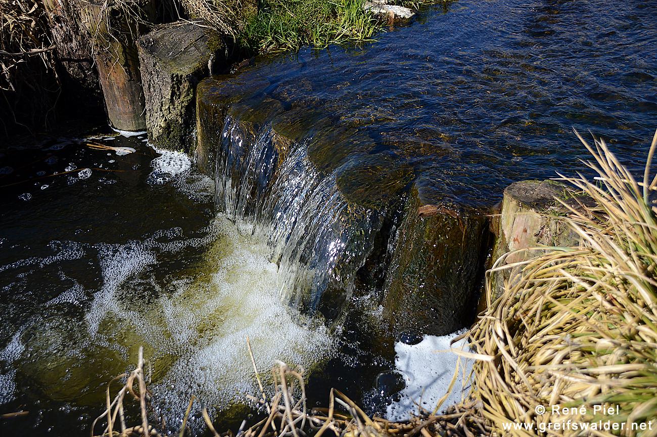 Mini-Wasserfall