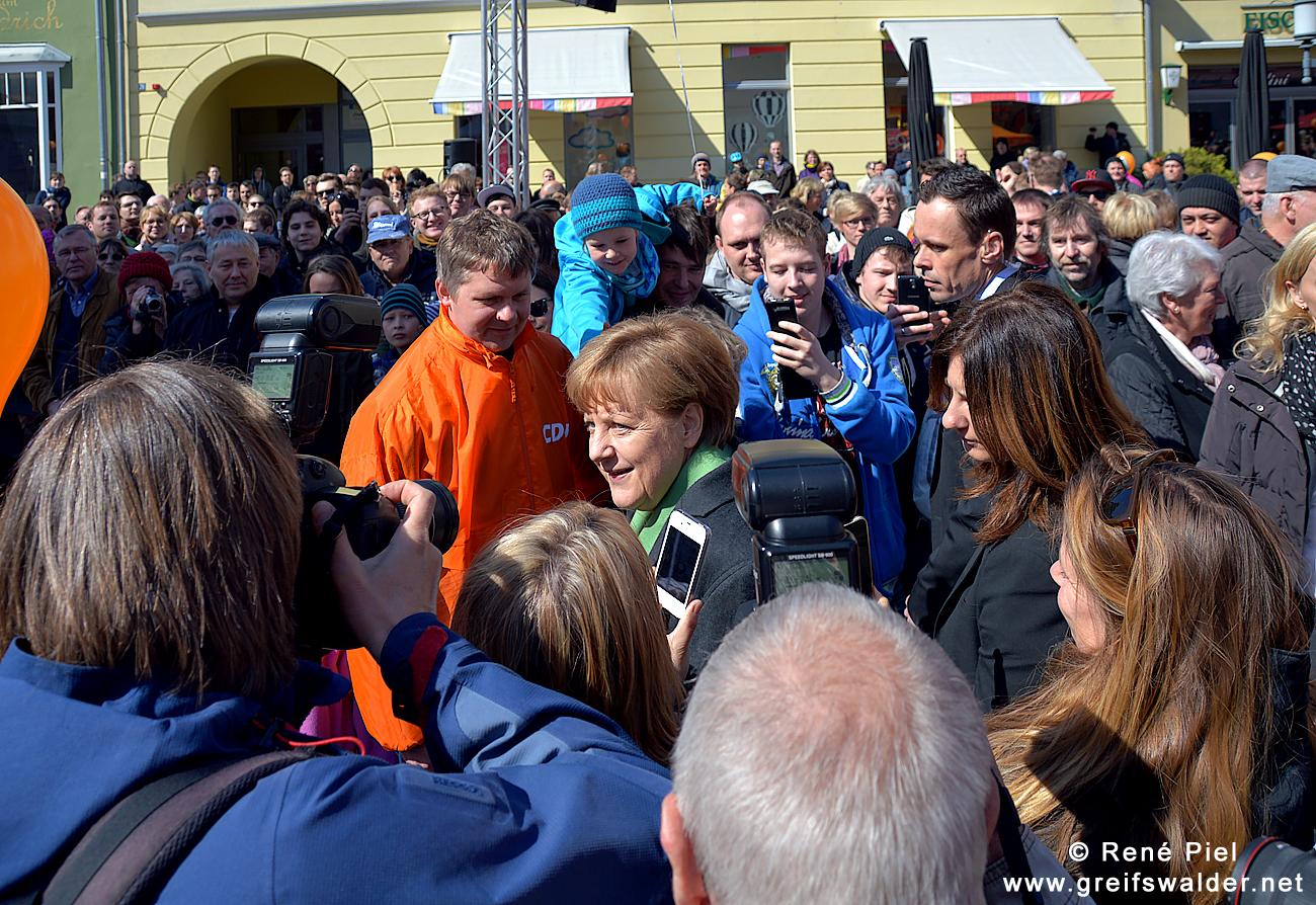 Bundeskanzlerin Angela Merkel in Greifswald