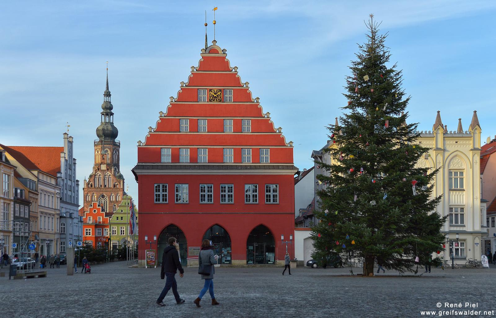 Weihnachten auf dem Marktplatz in Greifswald