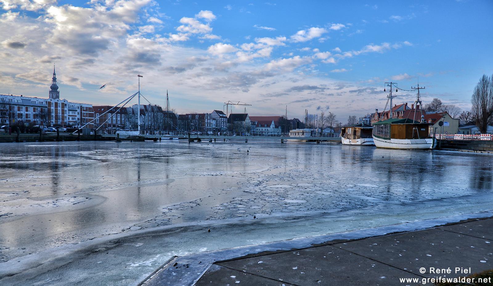 Am Museumshafen in Greifswald