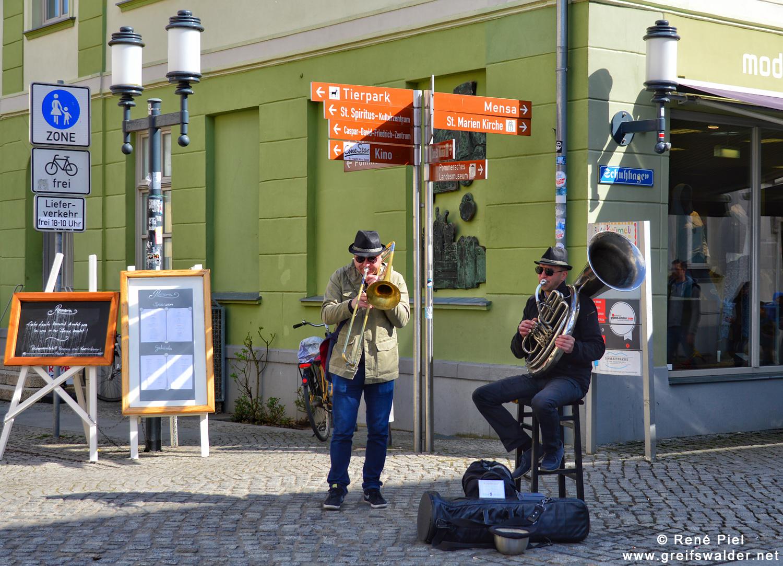 Straßenmusikanten in Greifswald