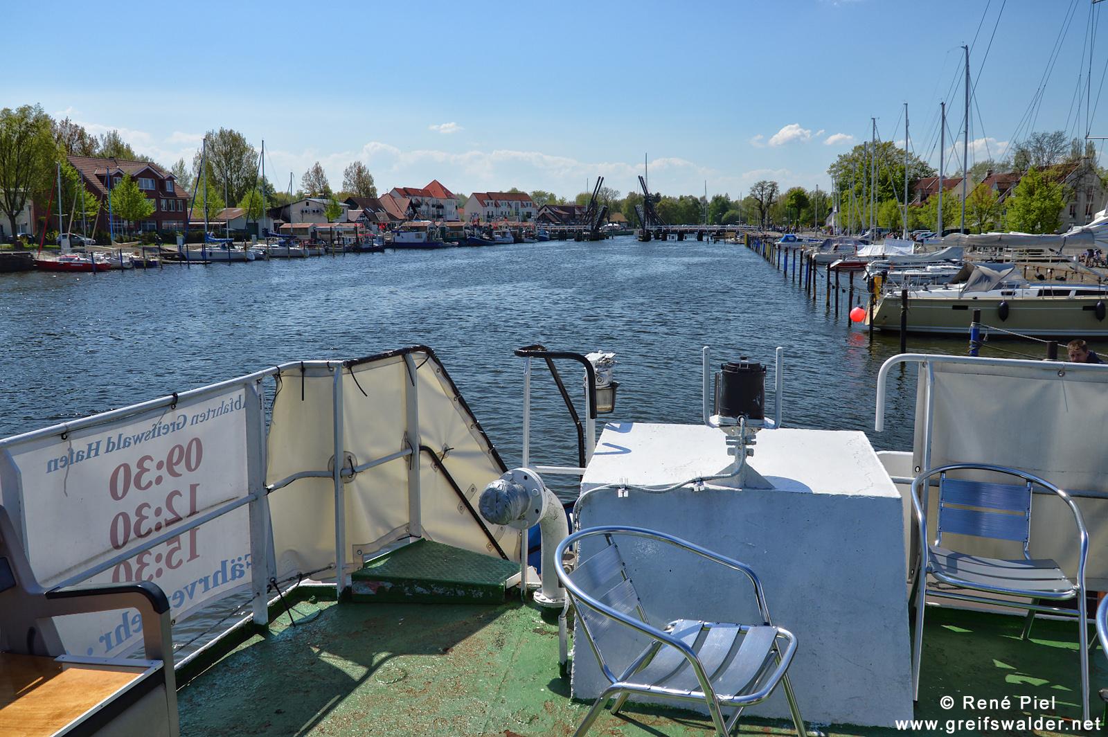 Ausfahrt mit der MS Stubnitz