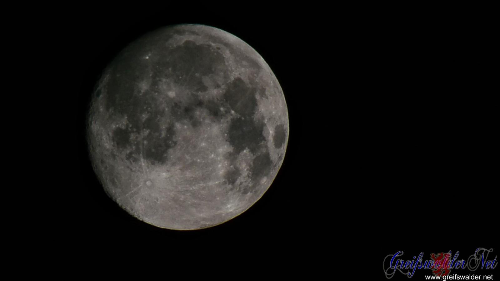 Mond - 17.08.2016, 01:00 Uhr