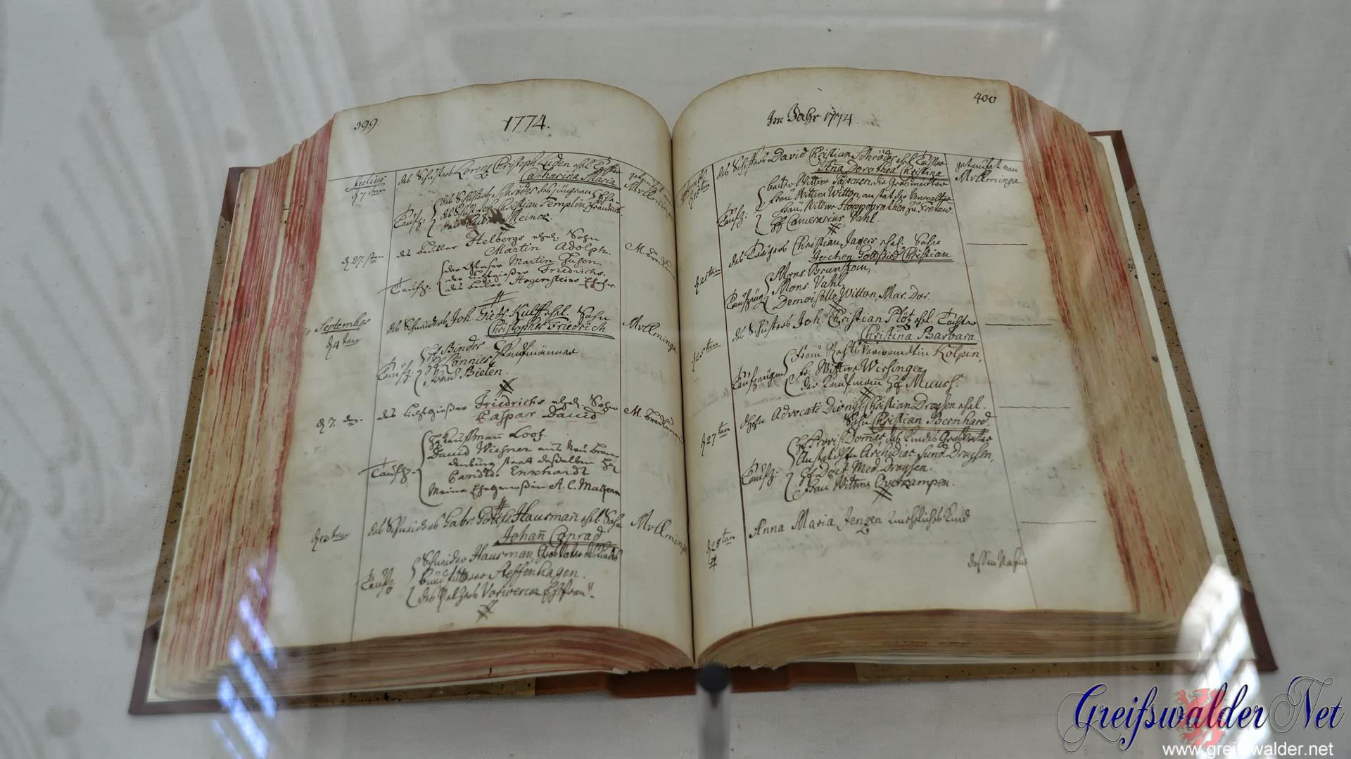 Taufbuch im Dom St.Nikolai Greifswald