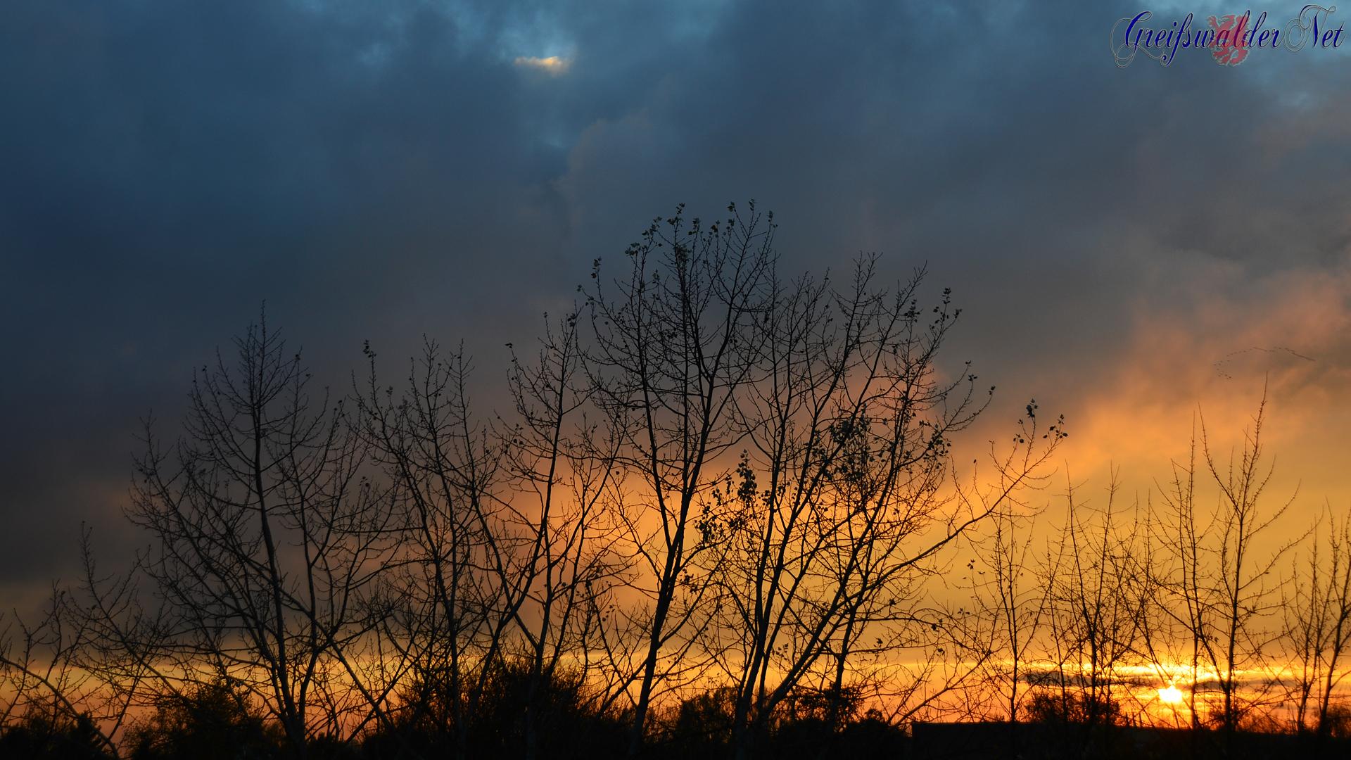 Herrlicher Sonnenuntergang am Sonntagabend