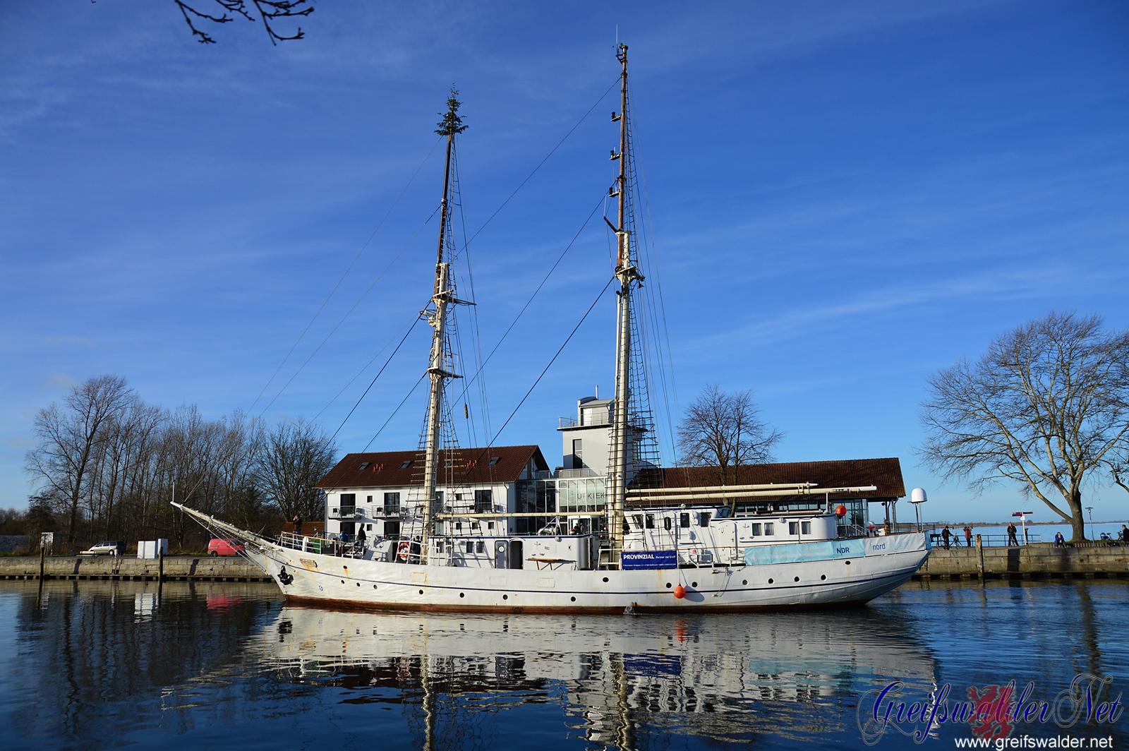 """Segelschulschiff """"Greif"""" wieder in Greifswald-Wieck"""