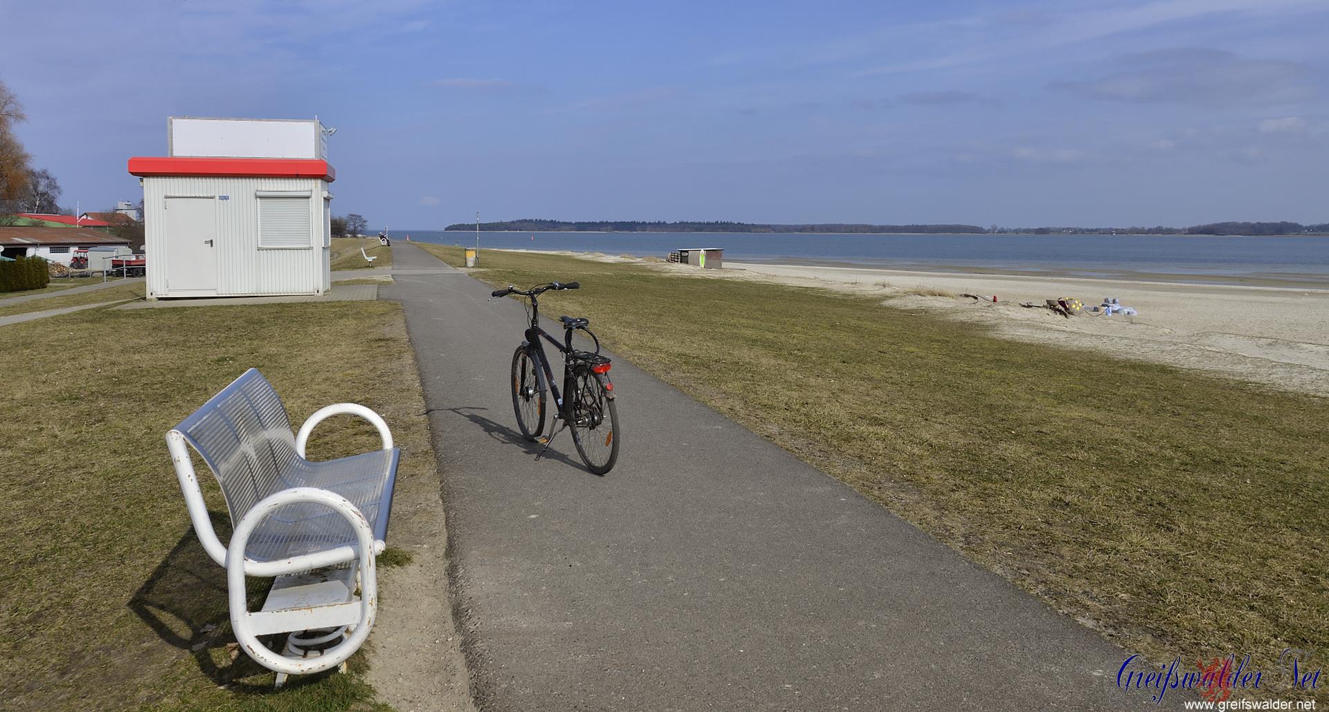 unterwegs am Strand in Greifswald-Eldena