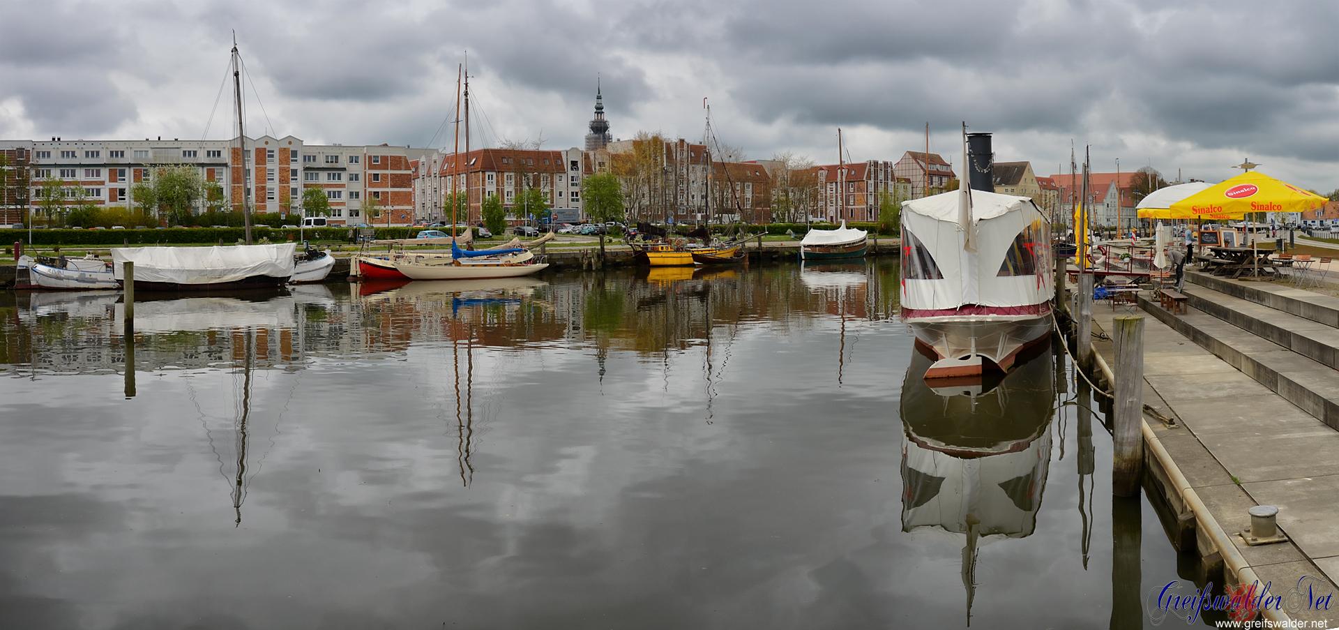 Samstagvormittag am Museumshafen in Greifswald