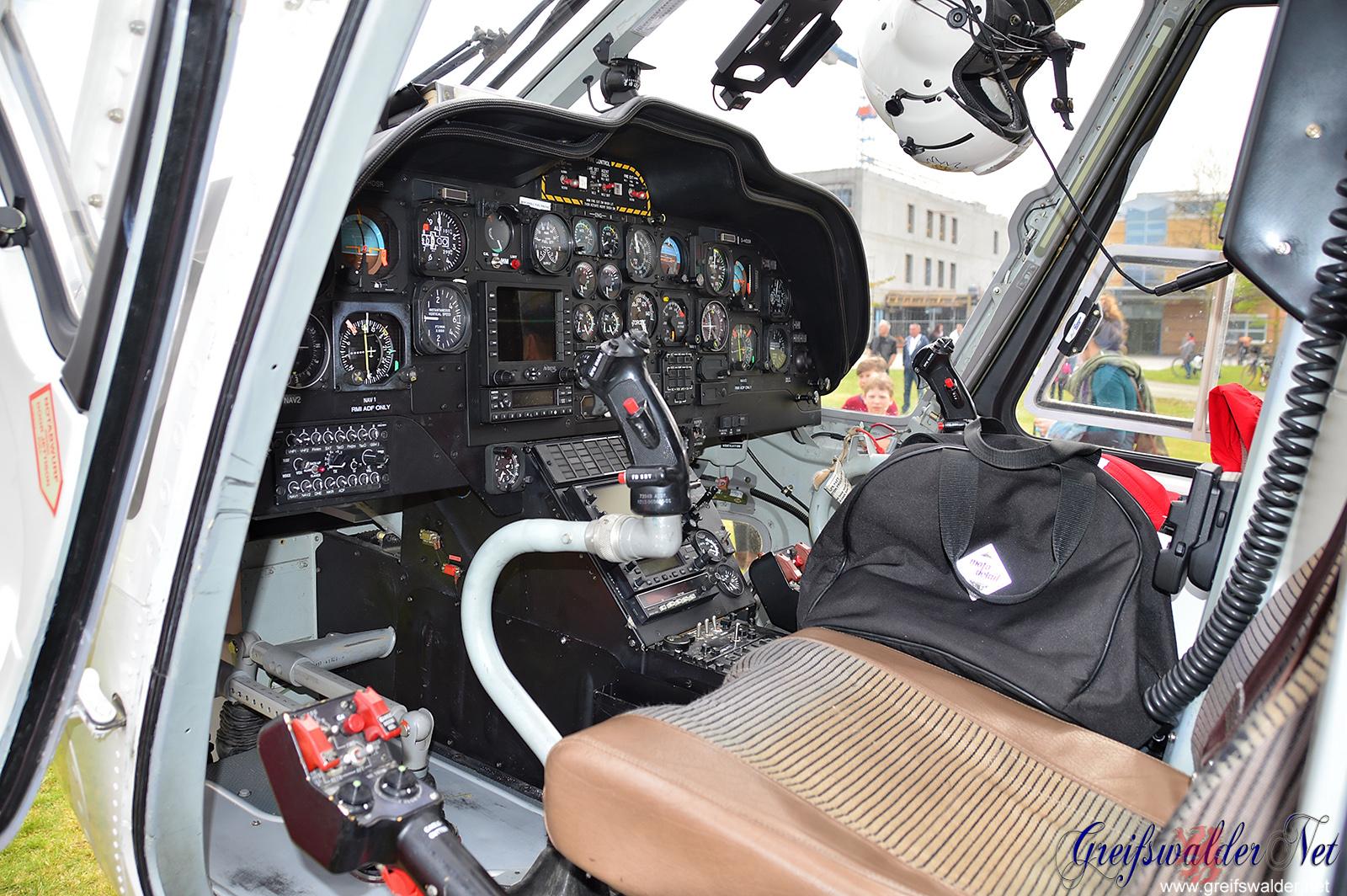 Hubschraubercockpit