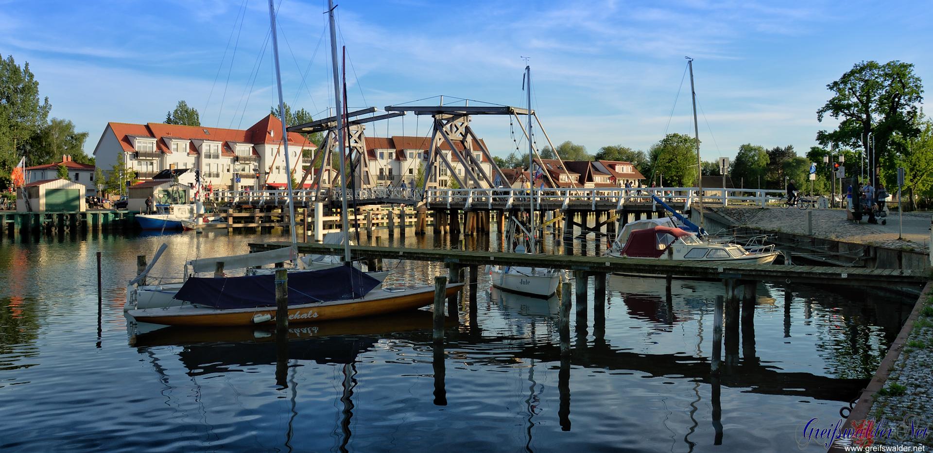 Guten Abend aus Greifswald-Wieck