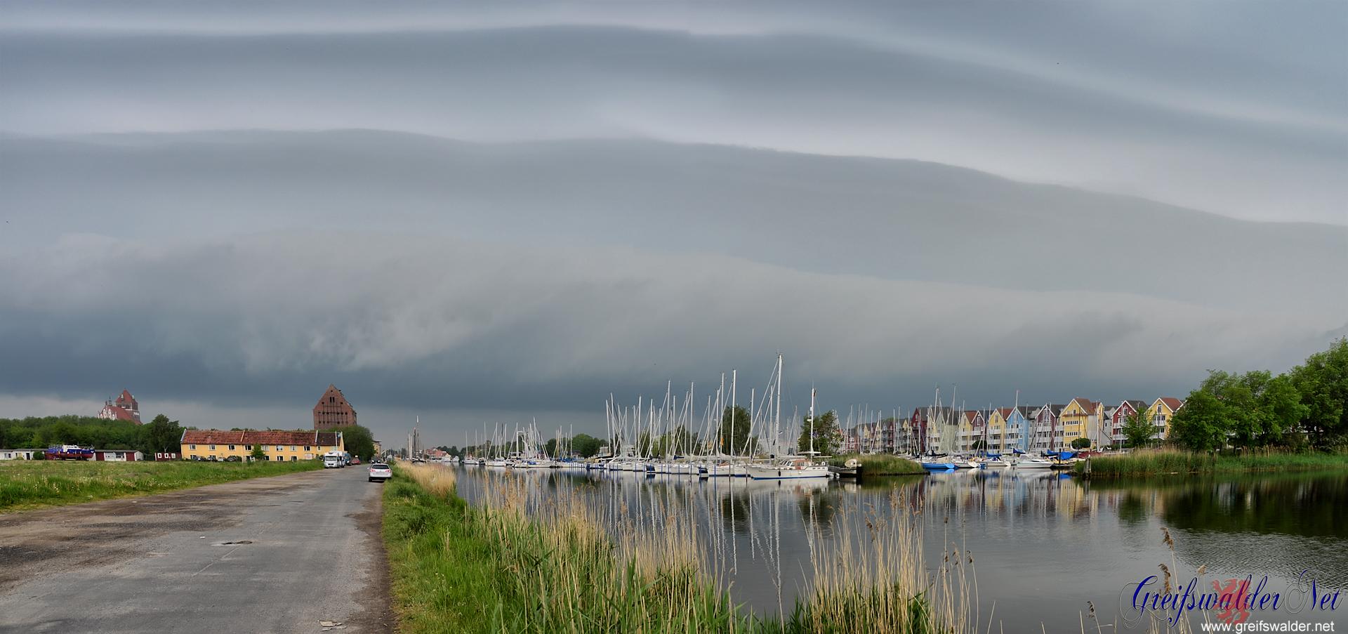 Wetterfront über Greifswald