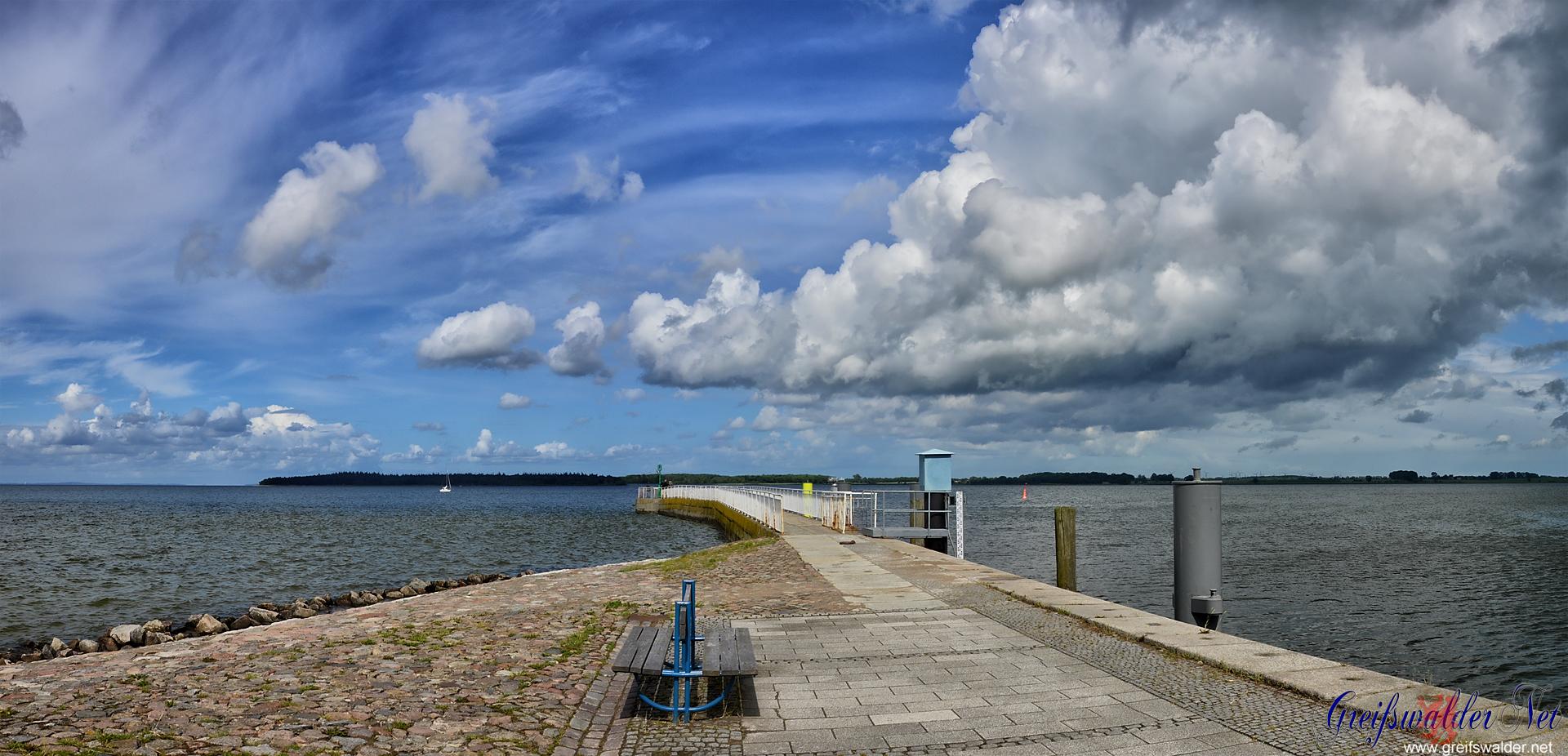 Wolken über der Dänischen Wiek