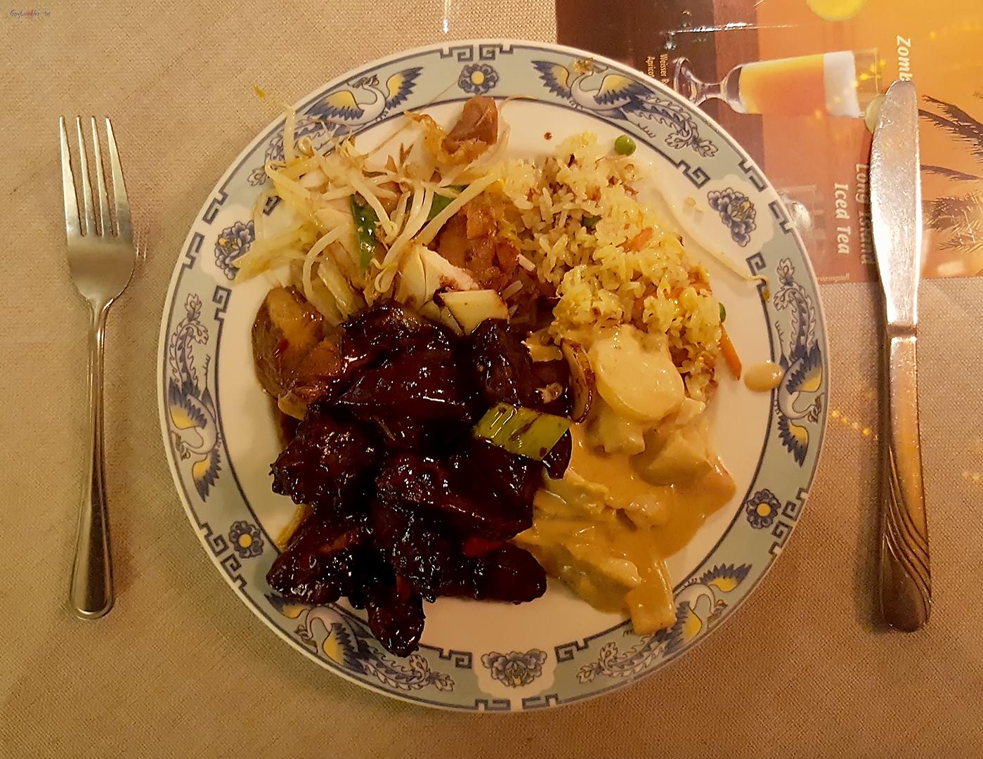 Abendessen asiatisch