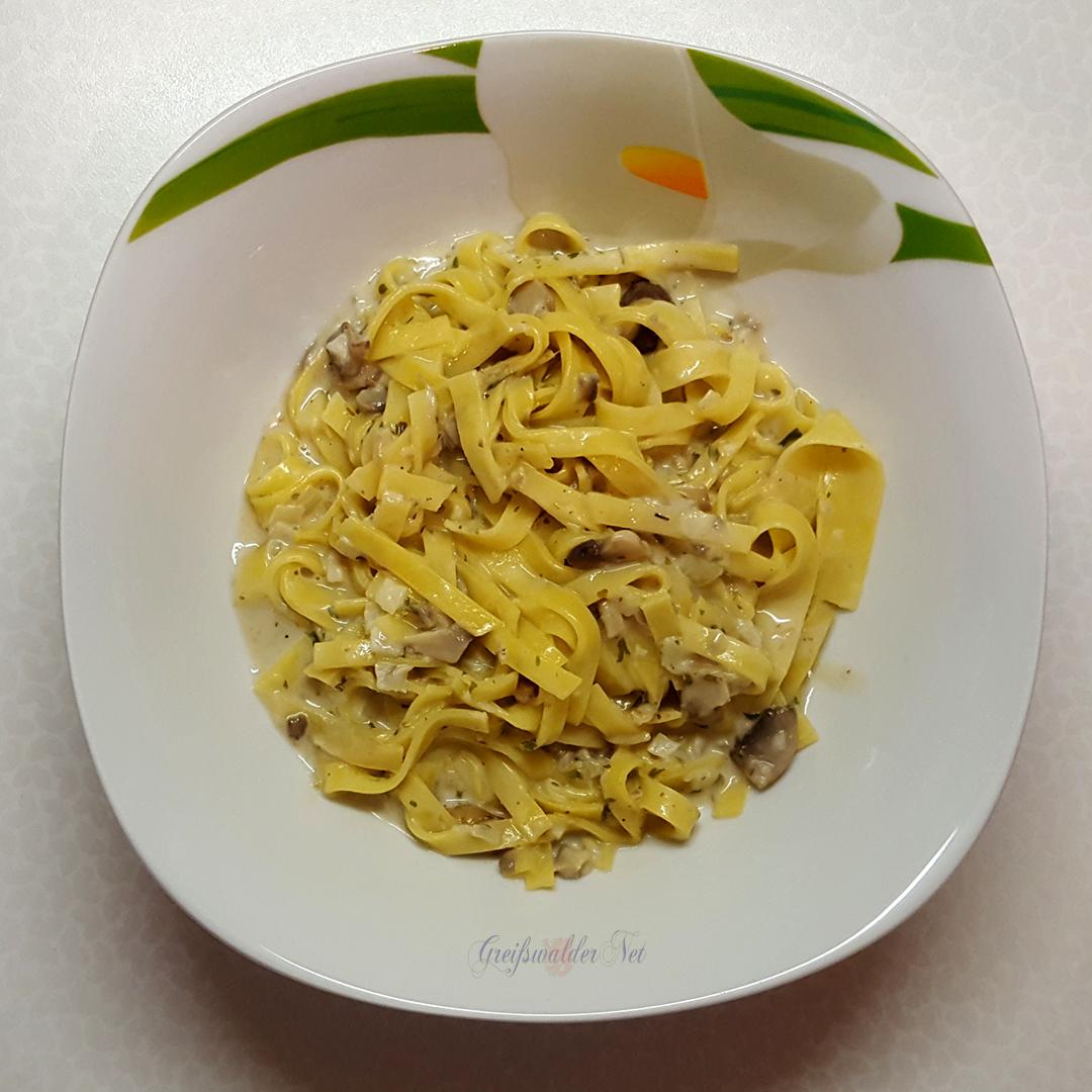 Tagliatelle - Pilz-Pfanne