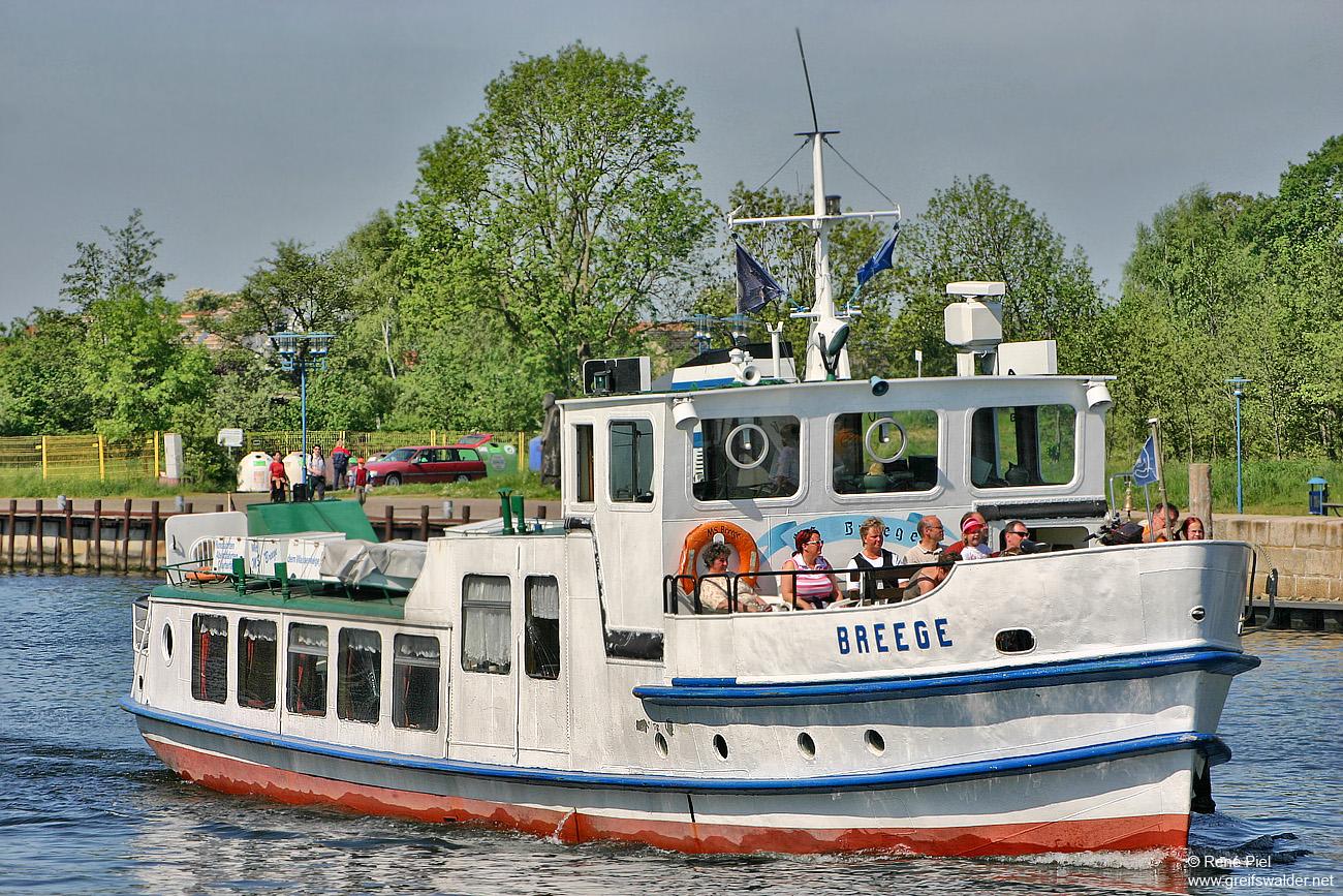 Fahrgastschiff MS Breege