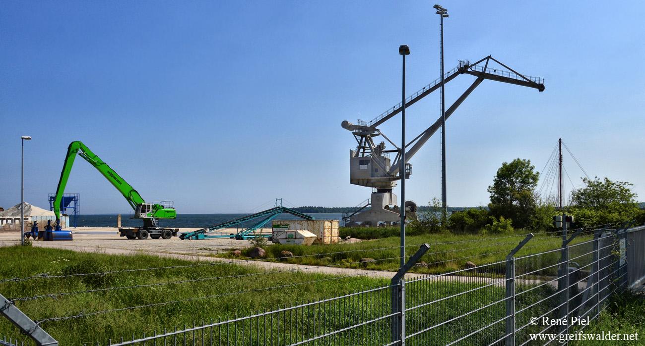 Am Ölhafen in Greifswald-Ladebow