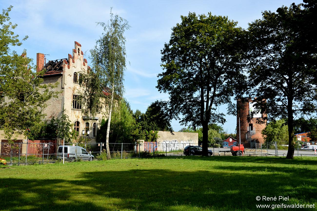 Leerstehende Stadtvilla in Greifswald abgebrannt