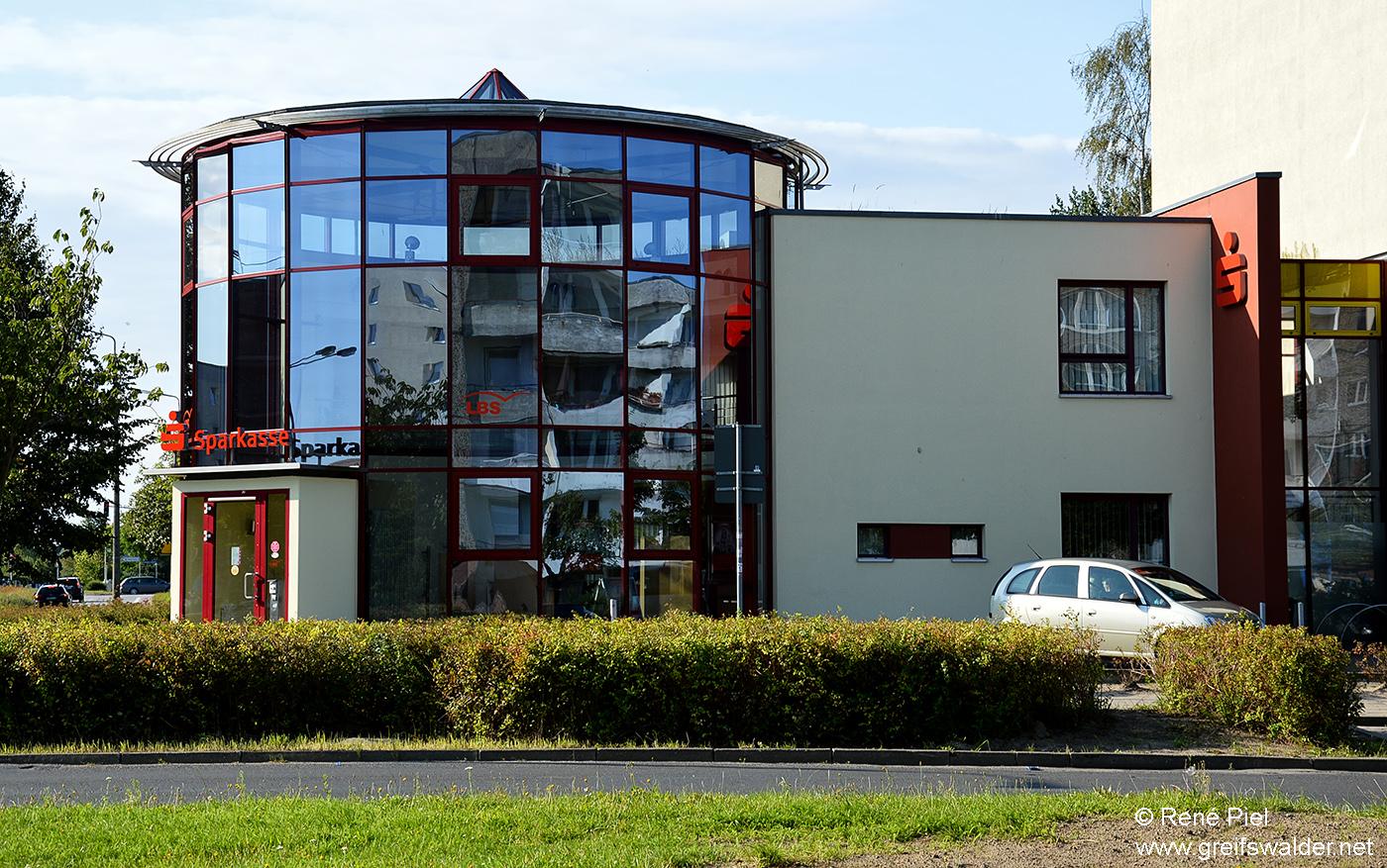 Greifswald - Sparkasse in der Heinrich-Hertz-Straße