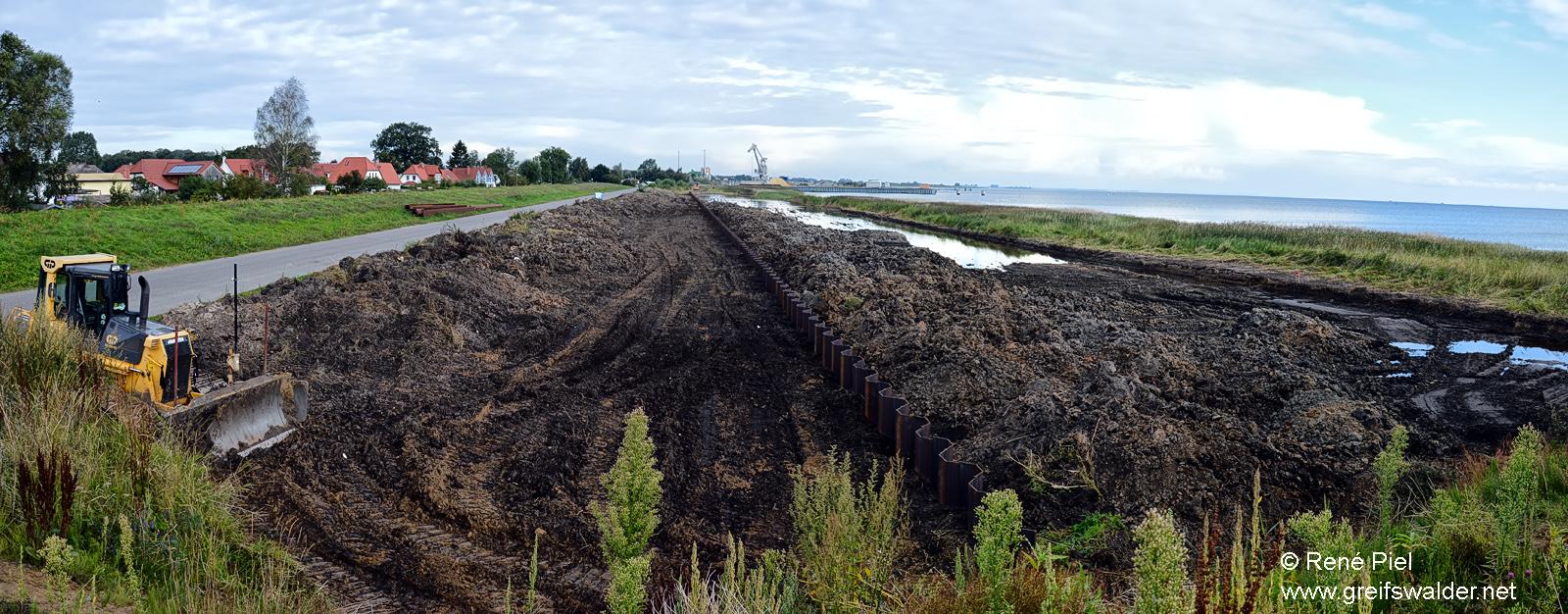 Baubeginn am Deich zwischen Wieck und Ladebow