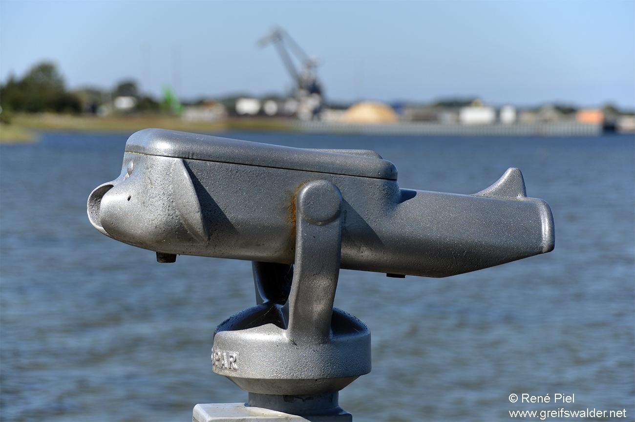 Blick zum Ölhafen in Greifswald-Ladebow