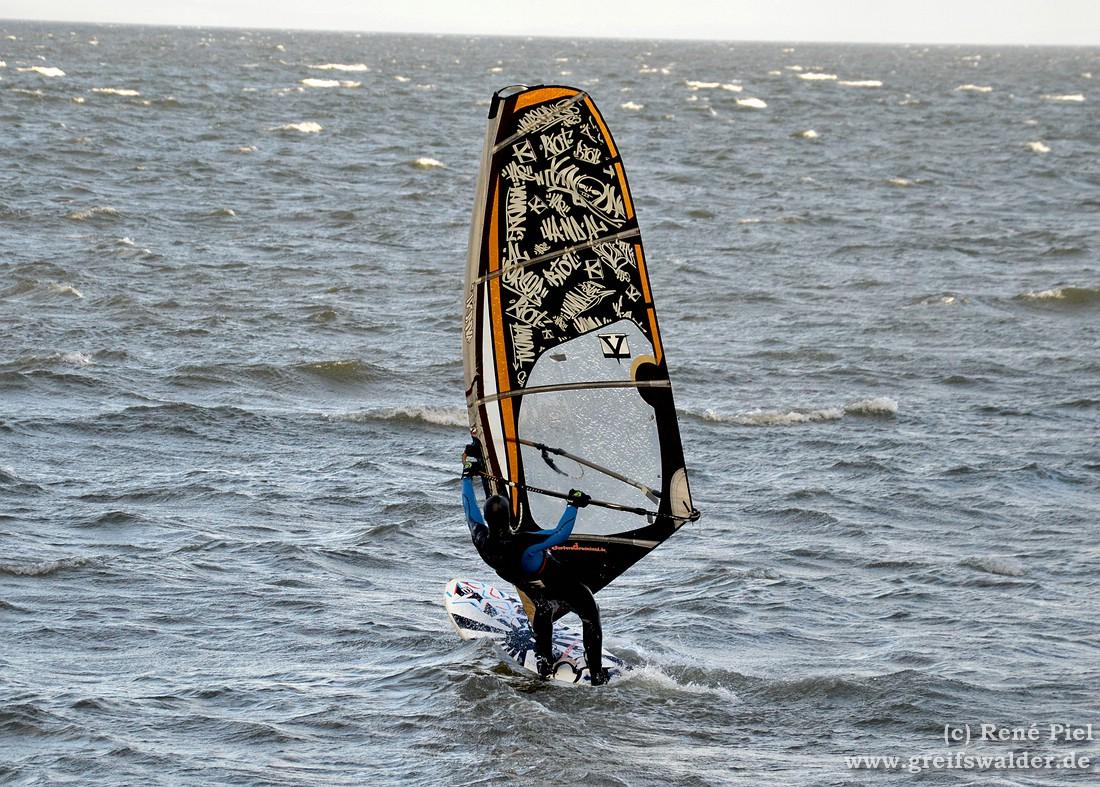 Windsurfer auf dem Greifswalder Bodden